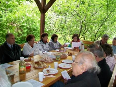 15.05.2010 Spotkanie w ogrodzie parafialnym